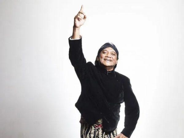 [Video]Selamat Jalan Lord Didi Kempot. Semoga Husnul Khotimah. Karya-karyamu akan selalu memginspirasi kami, sobat ambyar skanigaku.